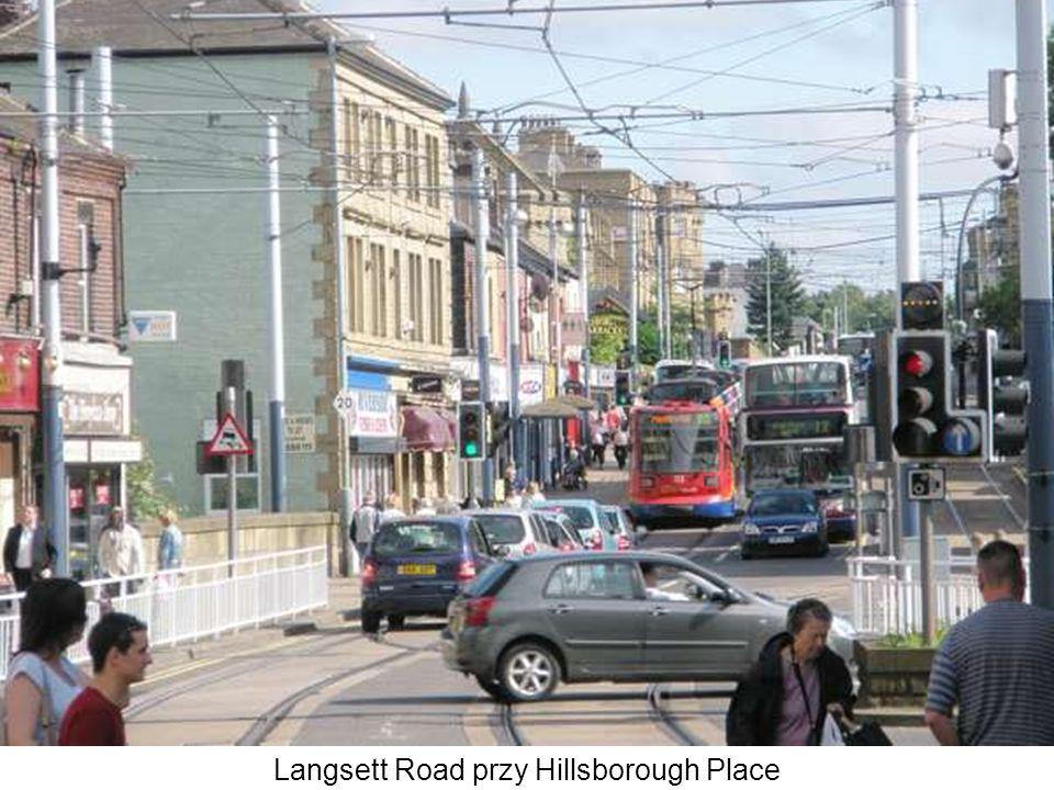 Langsett Road przy Hillsborough Place