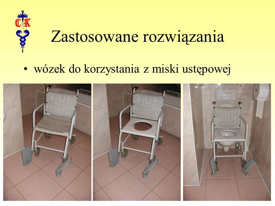 Zastosowane rozwiązania wózek do korzystania z miski ustępowej