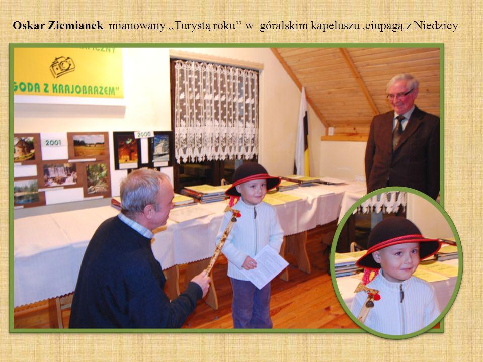 Oskar Ziemianek mianowany,,Turystą roku w góralskim kapeluszu,ciupagą z Niedzicy