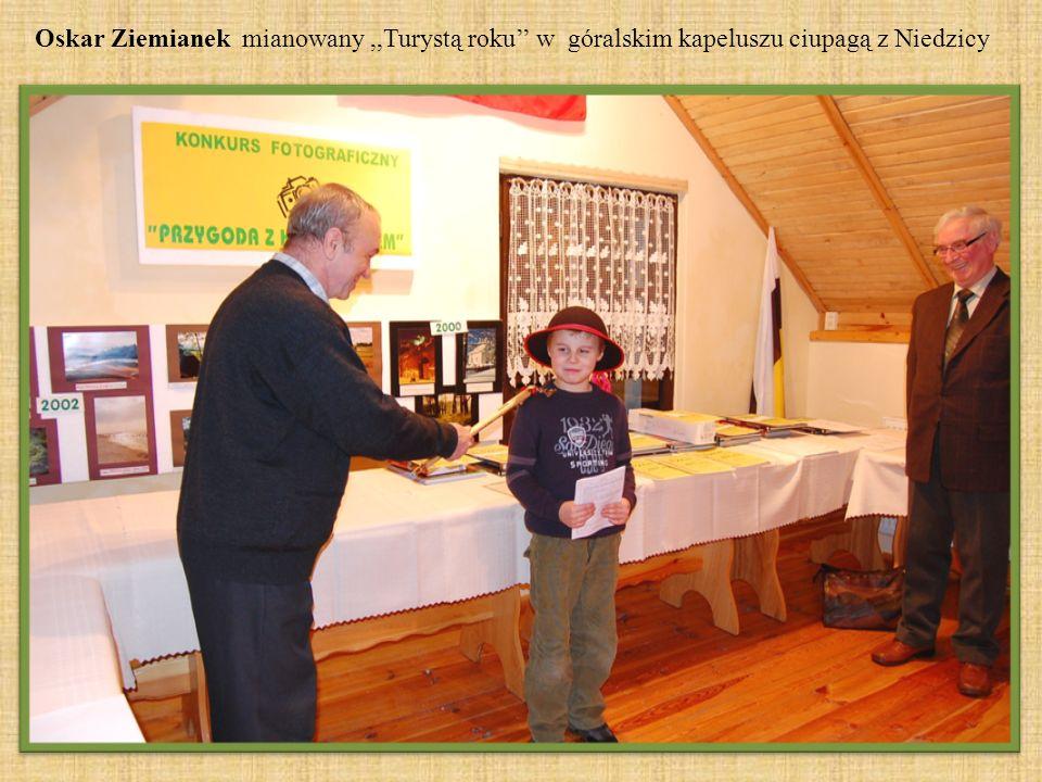 Oskar Ziemianek mianowany,,Turystą roku w góralskim kapeluszu ciupagą z Niedzicy