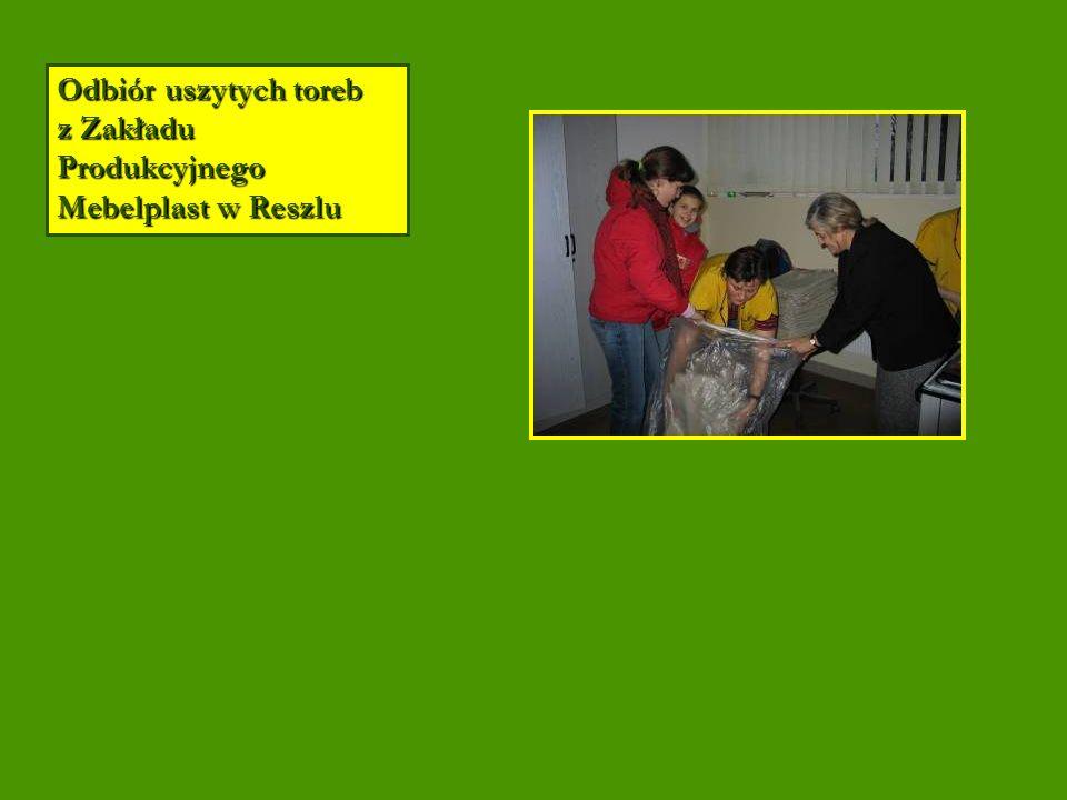 Odbiór uszytych toreb z Zakładu Produkcyjnego Mebelplast w Reszlu