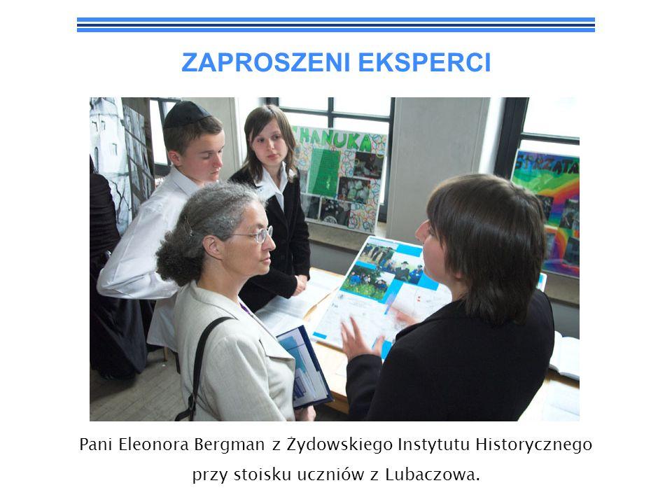 ZAPROSZENI EKSPERCI Pani Monika Koszyńska z Centrum Edukacji Obywatelskiej (w środku), Pani Eleonora Bergman (z prawej)