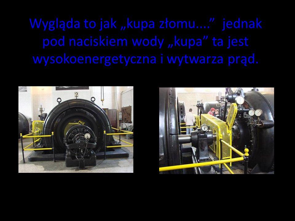 Za pomocą takich maszyn steruje się całą elektrownią.