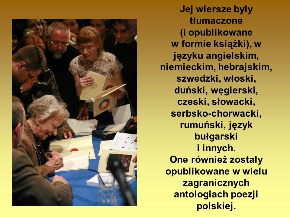 Jej wiersze były tłumaczone (i opublikowane w formie książki), w języku angielskim, niemieckim, hebrajskim, szwedzki, włoski, duński, węgierski, czesk