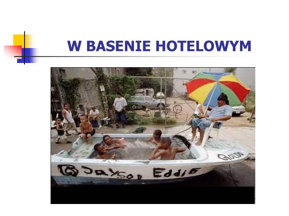 W BASENIE HOTELOWYM