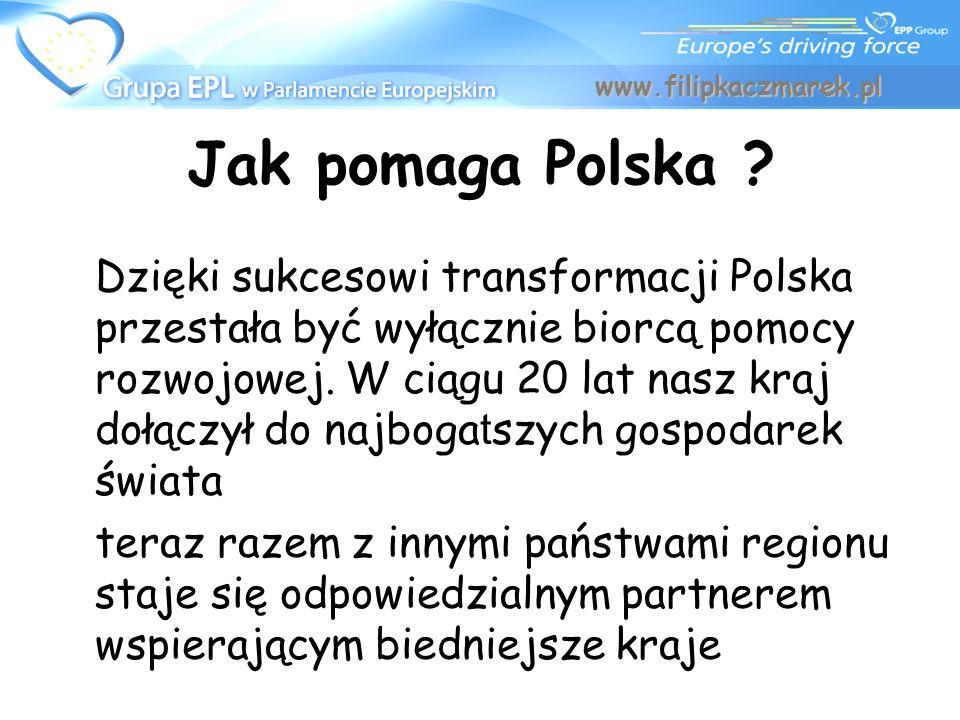 Dzięki sukcesowi transformacji Polska przestała być wyłącznie biorcą pomocy rozwojowej. W ciągu 20 lat nasz kraj dołączył do najboga t szych gospodare