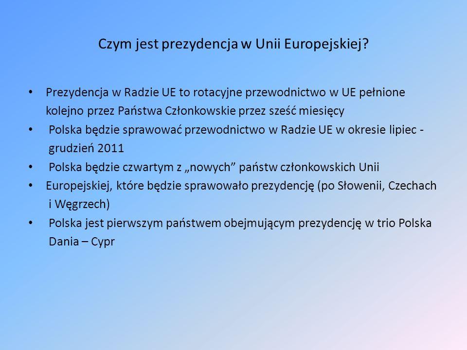 Czym jest prezydencja w Unii Europejskiej? Prezydencja w Radzie UE to rotacyjne przewodnictwo w UE pełnione kolejno przez Państwa Członkowskie przez s