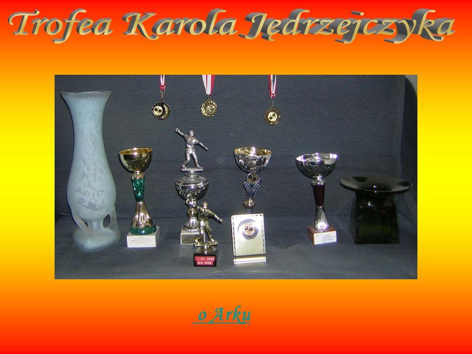 05.11.2000 r. - 2 miejsce w turnieju eliminacyjnym do wojewódzkiego turnieju klasyfikacyjnego młodzików-Skawina 28.04.2001 r. - 8 miejsce w V Mini Oli