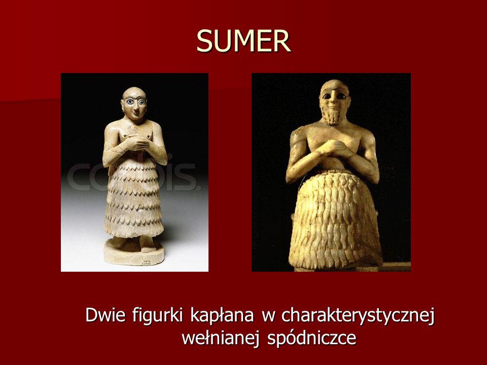 SUMER Dwie figurki kapłana w charakterystycznej wełnianej spódniczce