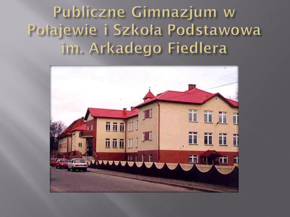 Historia parafii pw.św. Michała Archanioła sięga XII- XIII wieku.