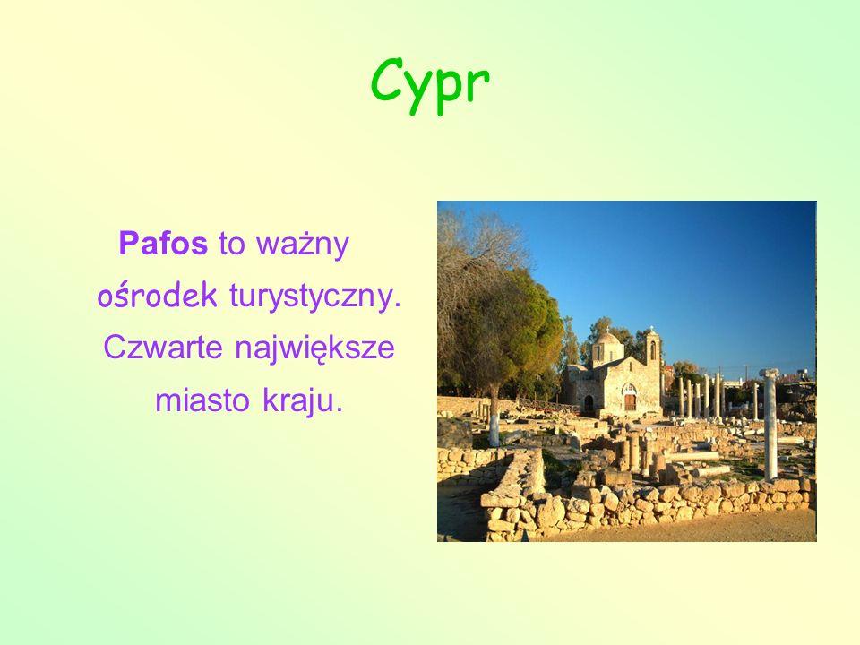 Cypr Pafos to ważny ośrodek turystyczny. Czwarte największe miasto kraju.