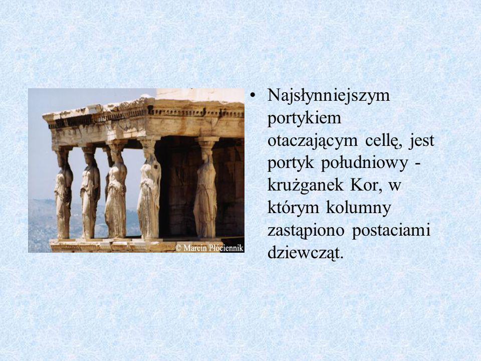 Teatr Grecki Spoglądając z Arkopolu na jego południowy stok widać teatr grecki z IV wieku p.n.e..