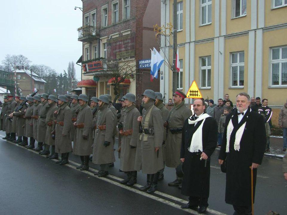 10 U R Z Ą D M I E J S K I W W O L S Z T Y N I E www.wolsztyn.pl W drugim dniu obchodów w Kościele pw.