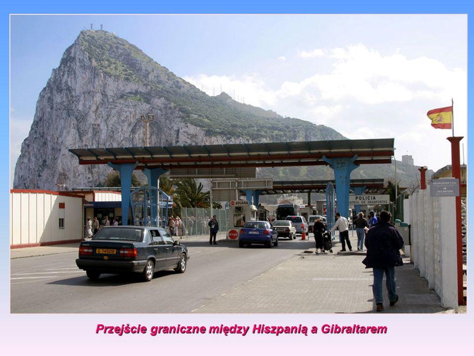 Gibraltar graniczy na lądzie z hiszpańskim miastem La Línea de la Concepción, od którego oddziela je zdemilitaryzowana strefa neutralna, Powierzchnia