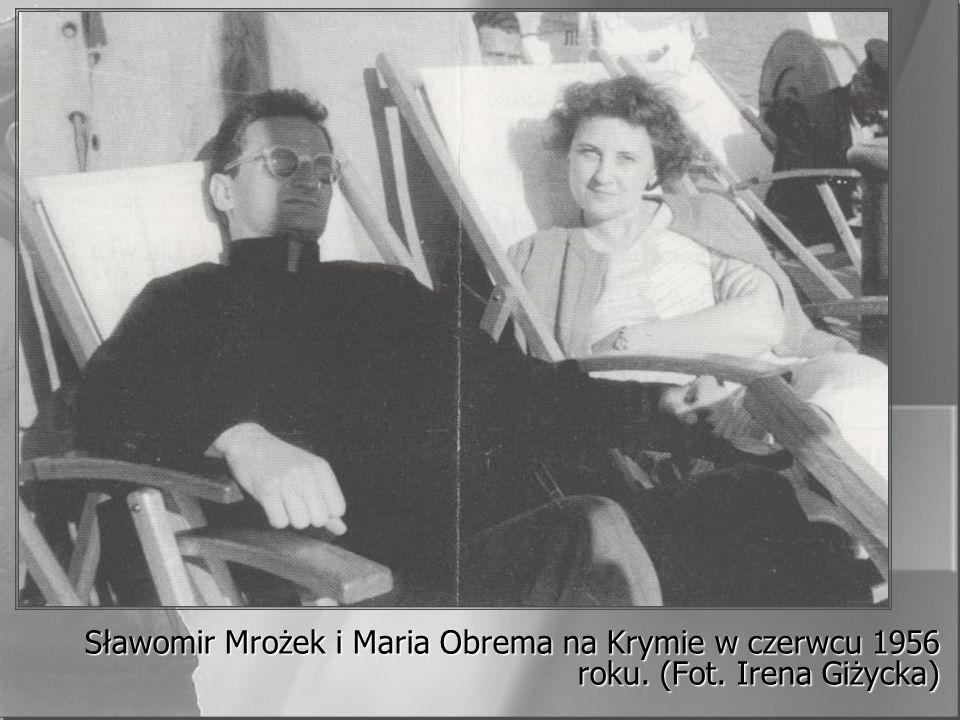 Sławomir Mrożek i Maria Obrema na Krymie w czerwcu 1956 roku. (Fot. Irena Giżycka)