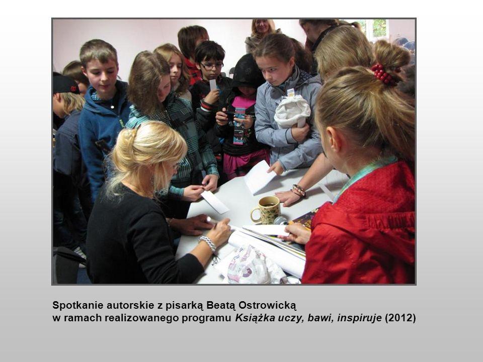Spotkanie autorskie z pisarką Beatą Ostrowicką w ramach realizowanego programu Książka uczy, bawi, inspiruje (2012)
