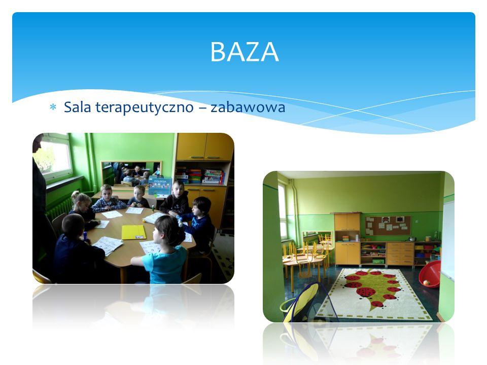 Doskonale wyposażone sale lekcyjne BAZA