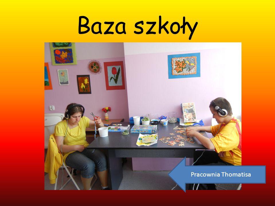 Baza szkoły Pracownia Thomatisa