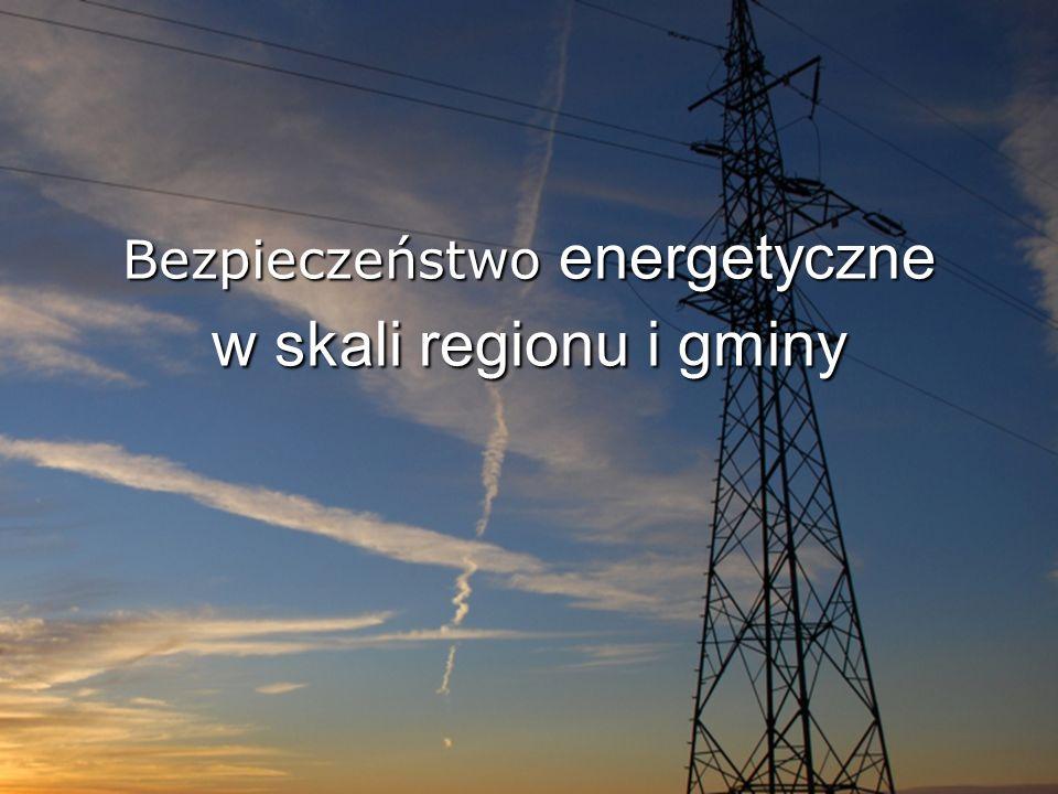 Bezpieczeństwo energetyczne Kluczowe zagadnienie dla sprawnego funkcjonowania Państwa 3 definicje Bezpieczeństwo energetyczne to zdolność do zaspokojenia w warunkach rynkowych popytu na energię pod względem ilościowym i jakościowym, po cenie wynikającej z równowagi popytu i podaży, przy zachowaniu warunków ochrony środowiska.