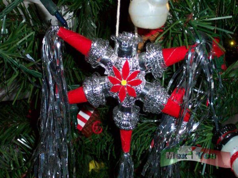 Piniata (hiszp. Piñata) to ludowy zwyczaj w krajach latynoskich osadzony w tradycji bożonarodzeniowej. Zabawa polega na uderzaniu kijami papierowej ku