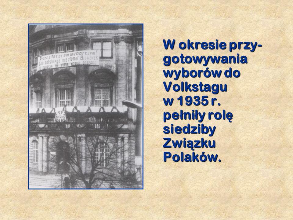 P ierwszy gmach Dworca Głównego nawiązywał stylem do renesansowej zabudowy Głównego Miasta.