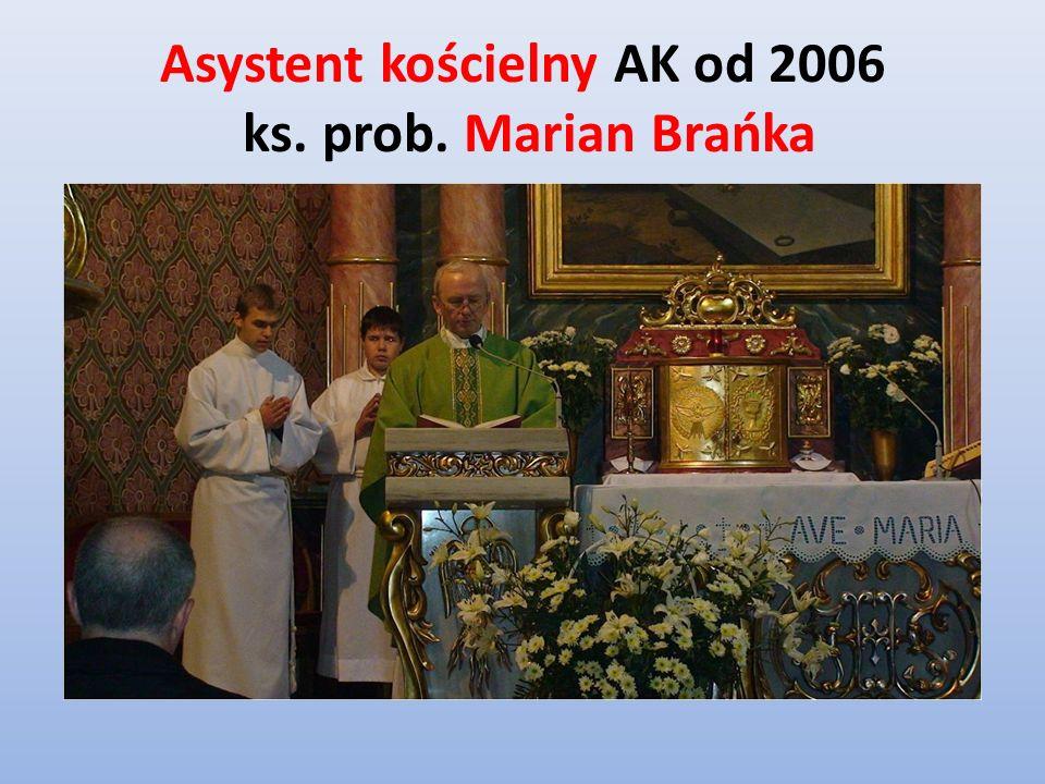 Asystent kościelny AK od 2006 ks. prob. Marian Brańka