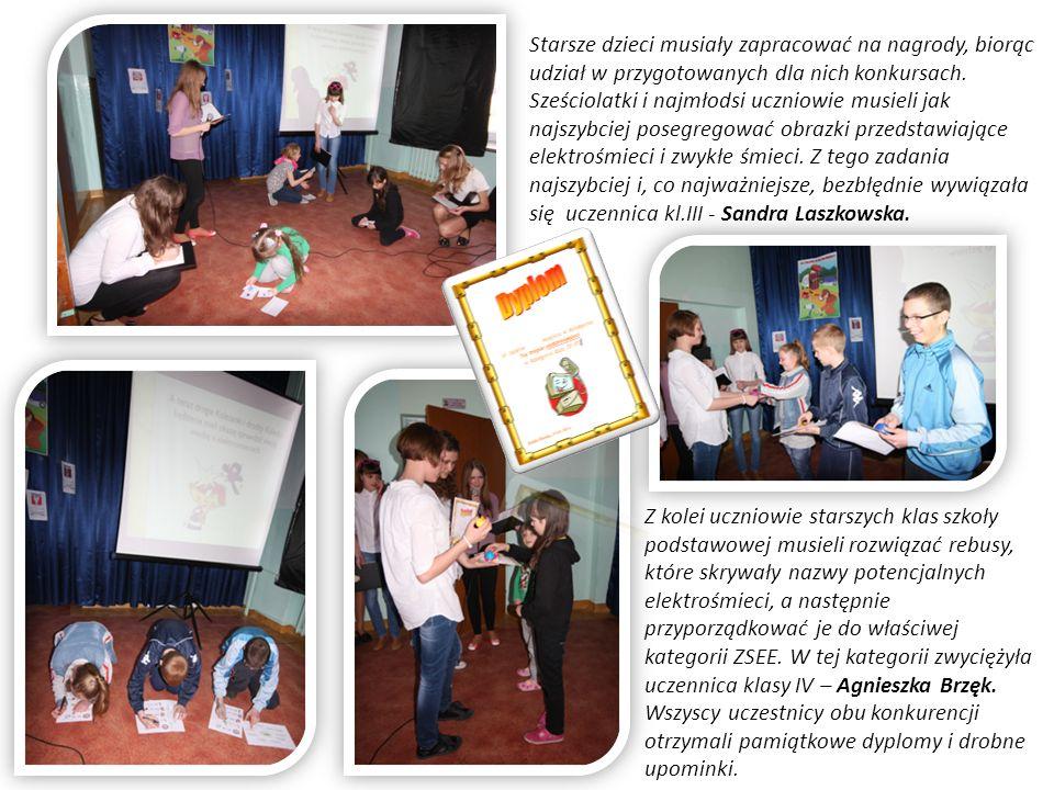 Starsze dzieci musiały zapracować na nagrody, biorąc udział w przygotowanych dla nich konkursach.