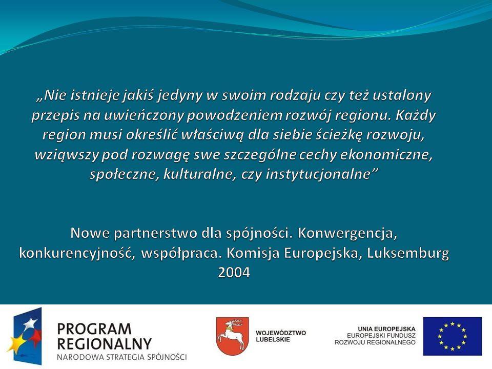 Wójtowie gmin partnerskich porozumienia Dolina Zielawy na konferencji podsumowującej projekt