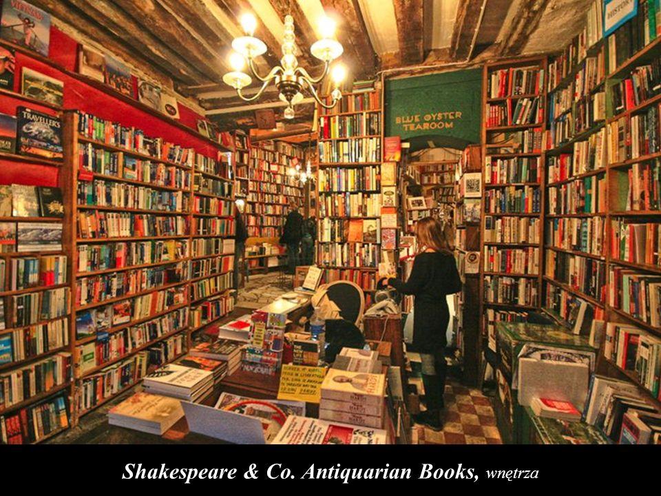 Shakespeare & Co. Antiquarian Books, wnętrza