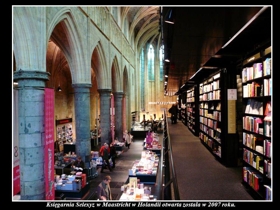 W Maastricht w Holandii znajduje się wyjątkowy kościół. W Maastricht w Holandii znajduje się również wyjątkowa księgarnia. Dwóch architektów, Merkx+Gi