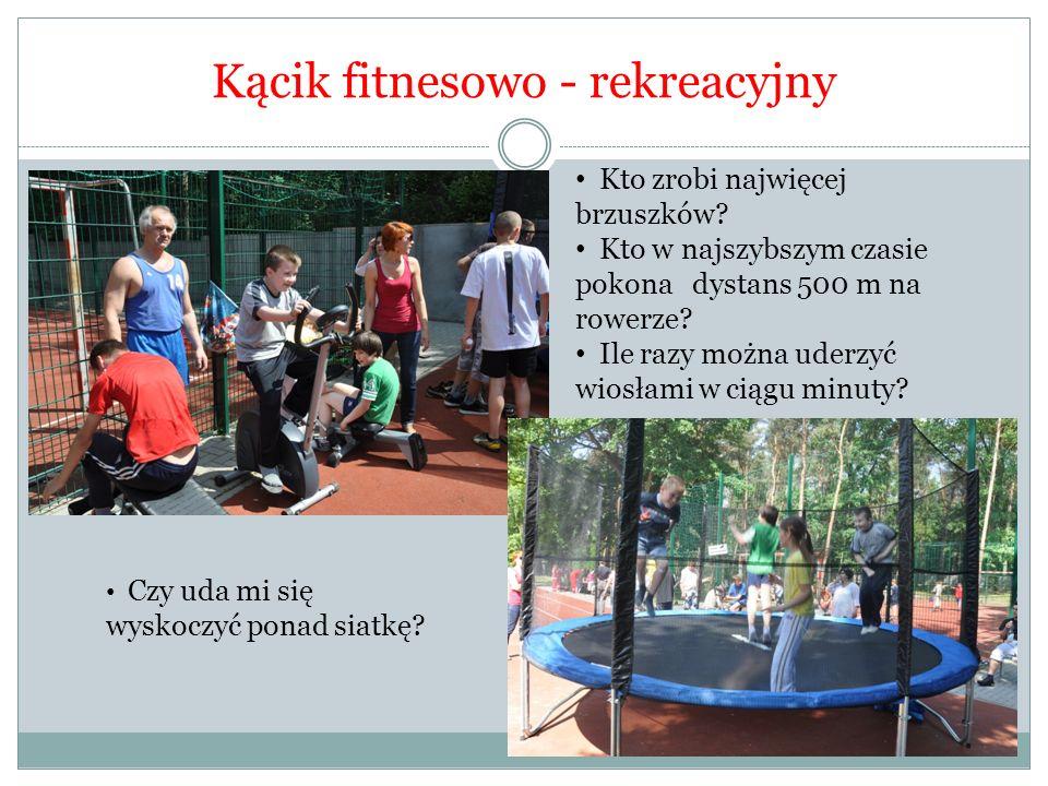 Kącik fitnesowo - rekreacyjny Kto zrobi najwięcej brzuszków.