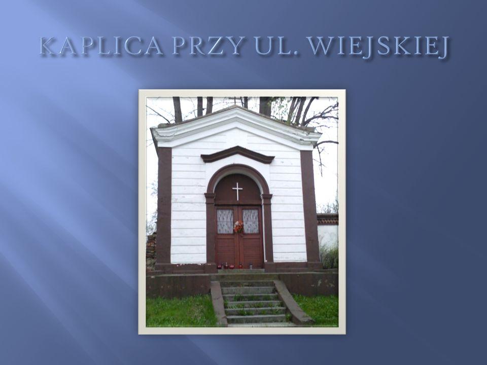 Kaplica św.Antoniego w Lipach przy drodze do sanktuarium św.