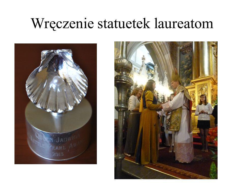 Wręczenie statuetek laureatom
