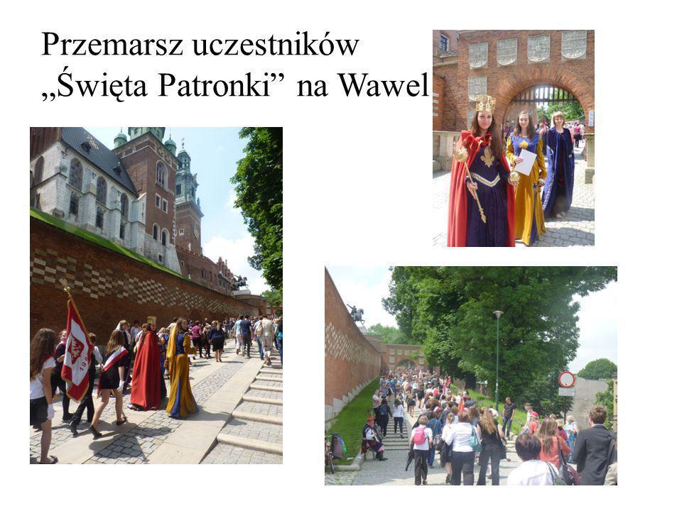 Przemarsz uczestników Święta Patronki na Wawel