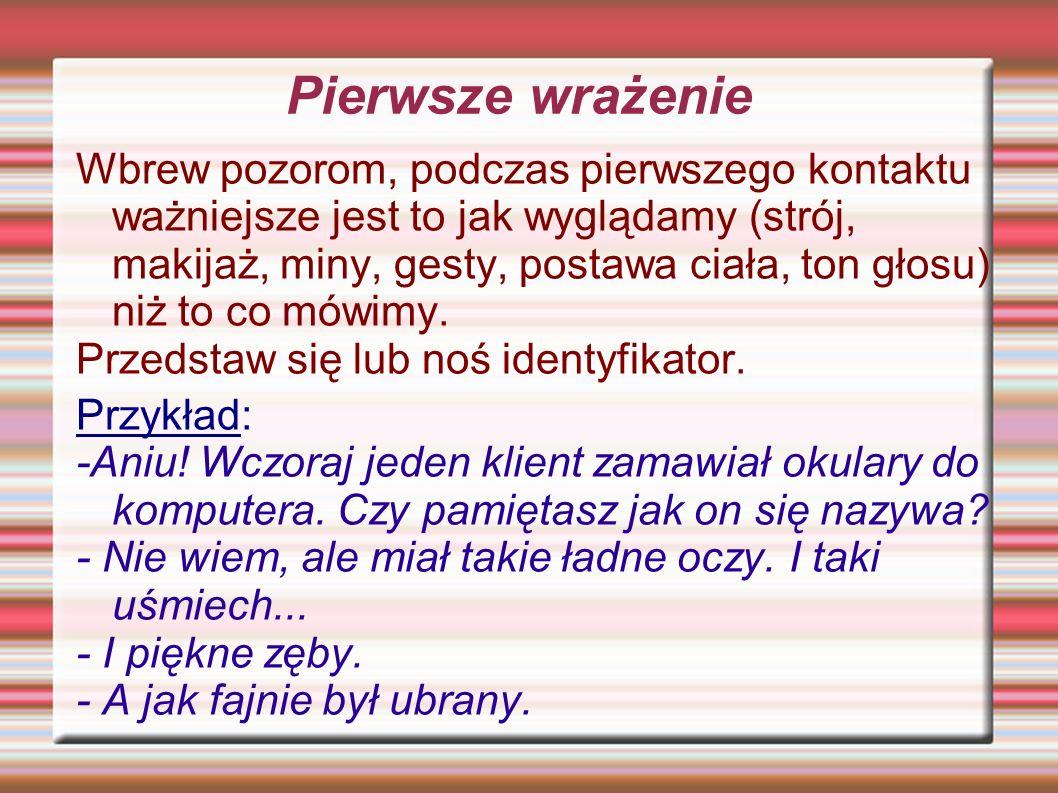 Komunikacja werbalna i niewerbalna Komunikacja werbalna – to sposób, w jaki ludzie przekazują sobie informacje (wysyłają i odbierają komunikaty) za pomocą słów.
