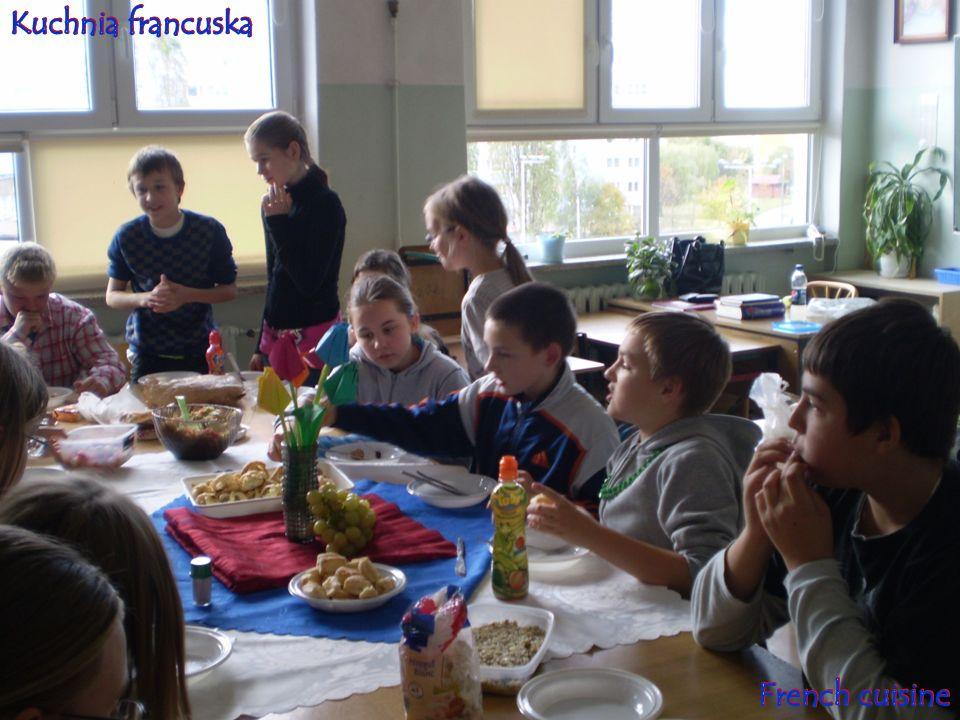 Podsumowaniem Dni Francji był wyjazd pracowników naszej szkoły do teatru Roma w Warszawie.