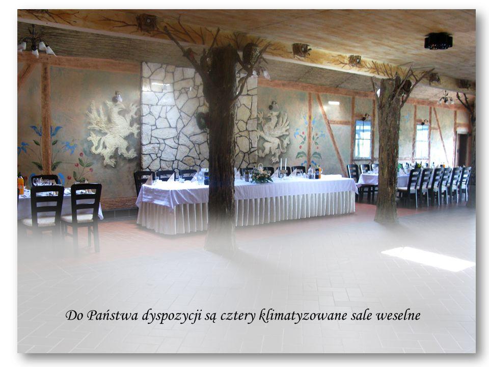 Do Państwa dyspozycji są cztery klimatyzowane sale weselne