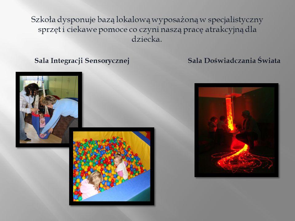 Szkoła dysponuje bazą lokalową wyposażoną w specjalistyczny sprzęt i ciekawe pomoce co czyni naszą pracę atrakcyjną dla dziecka. Sala Integracji Senso