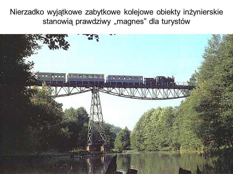 Nierzadko wyjątkowe zabytkowe kolejowe obiekty inżynierskie stanowią prawdziwy magnes dla turystów