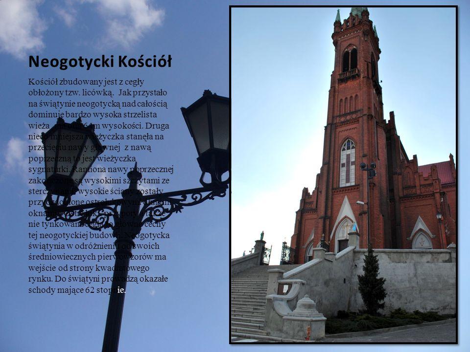 Kościół zbudowany jest z cegły obłożony tzw. licówką. Jak przystało na świątynie neogotycką nad całością dominuje bardzo wysoka strzelista wieża ma on
