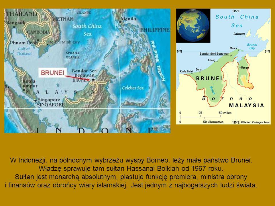 W Indonezji, na północnym wybrzeżu wyspy Borneo, leży małe państwo Brunei.