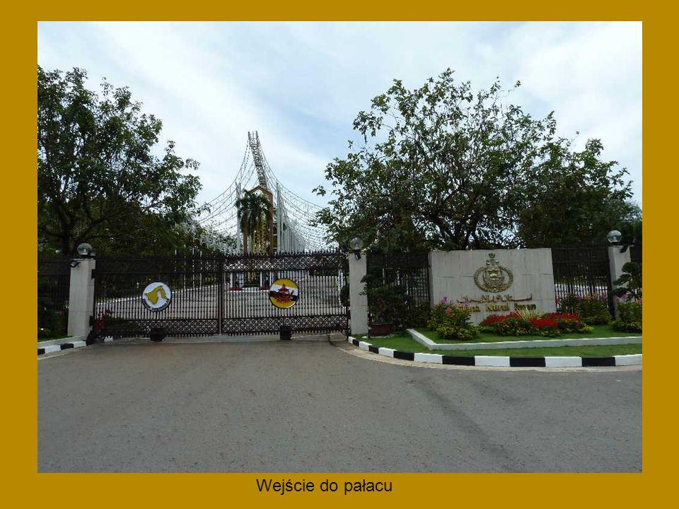 Park rozrywki Jerudong Park otwarty w 1994 r. największy w Azji płd-wsch.