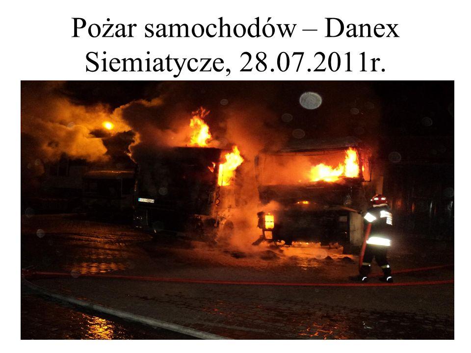 Pożar samochodów – Danex Siemiatycze, 28.07.2011r.