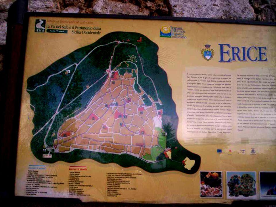 Pierwsze osady założyli tu Elymowie w V wieku p.n.e. Ze względu na strategiczne położenie, miasto było przyczyną powtarzających się konfliktów, w szcz
