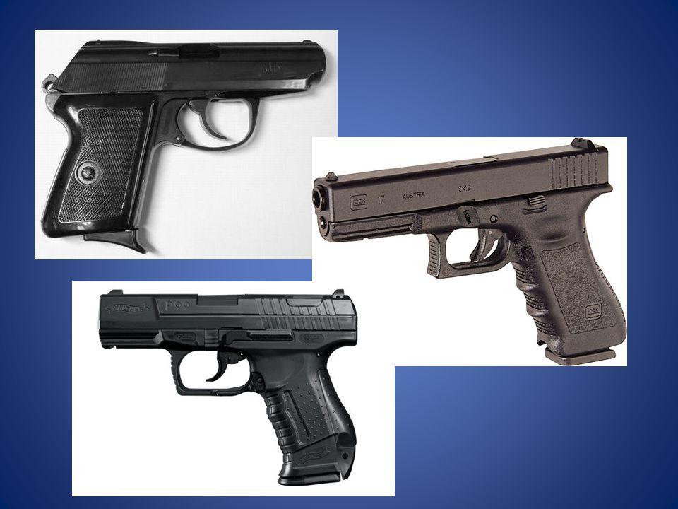 Kiedy policjant ma prawo użyć broni.
