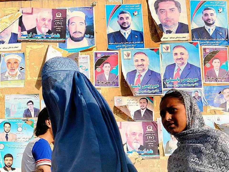 Burki w Afganistanie zostały wprowadzone za czasów króla Habibullaha (panował w latach 1901-1919), który kazał dwunastu kobietom ze swojego haremu nos
