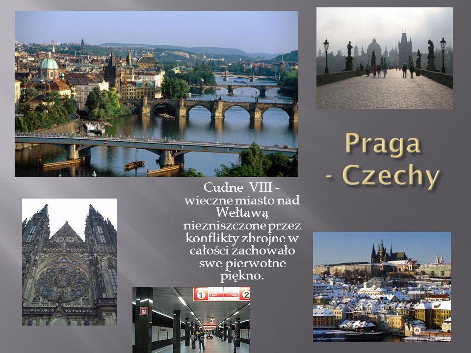 Cudne VIII - wieczne miasto nad Wełtawą niezniszczone przez konflikty zbrojne w całości zachowało swe pierwotne piękno.