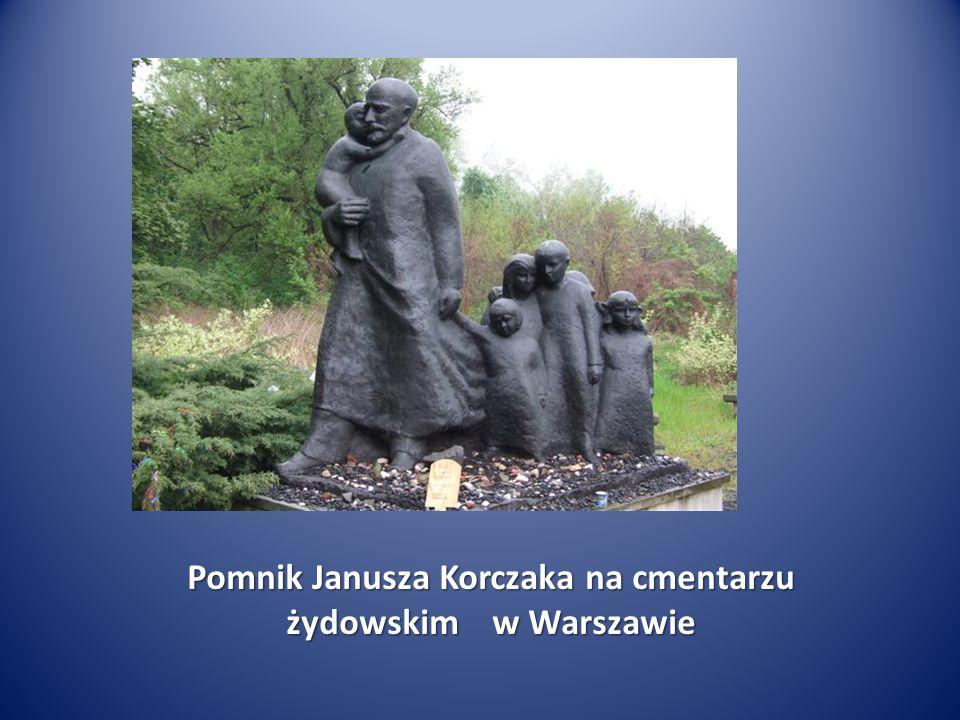 Pomnik Janusza Korczaka na cmentarzu żydowskim w Warszawie
