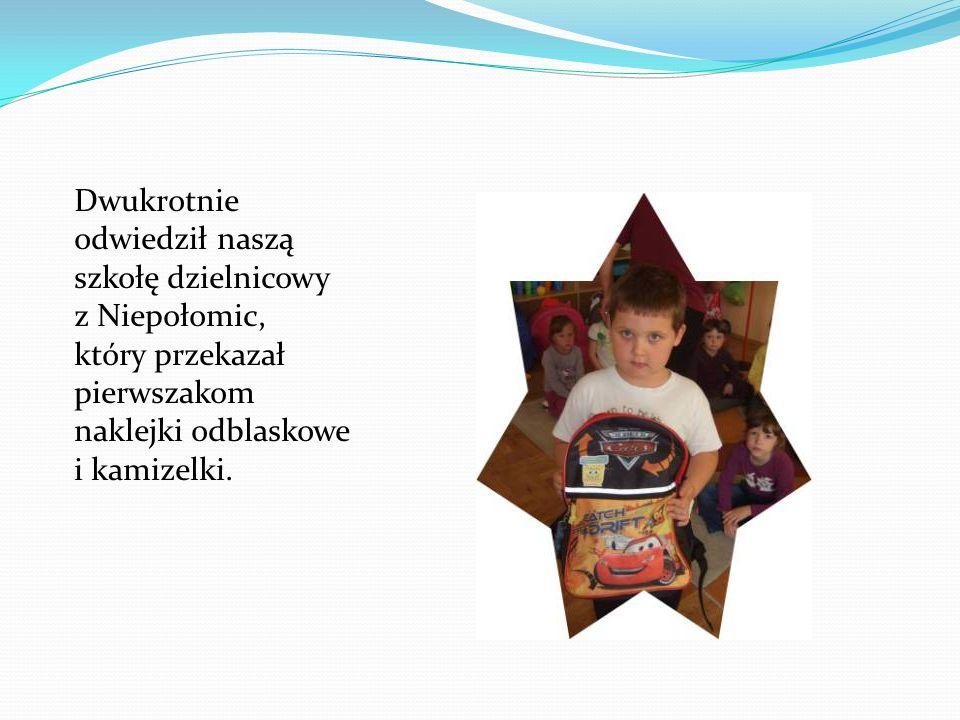 Uczniowie klas I-VI pisali rymowanki, dotyczące bezpiecznego poruszania się po drodze, które dzięki Pani Teresie Frycz można przeczytać na gazetce Szkolnego Koła Europejskiego.