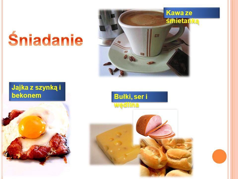 Kawa ze śmietanką Jajka z szynką i bekonem Bułki, ser i wędlina